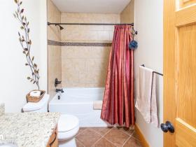 38-Main-Bath-KJC_6745