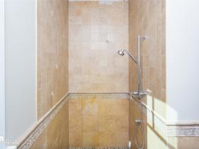 49-Hall-Bath-KJC_3779